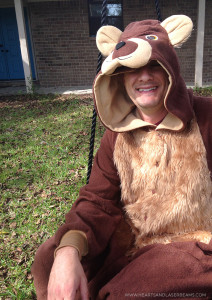 How to Make a Cute Father/Daughter Masha and the Bear Halloween Costume - Hearts and Laserbeams